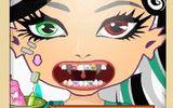 Монстр Хай у дантиста